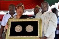 Liberias president tilldelas Ceresmedaljen av FAO