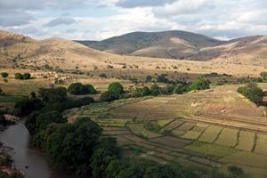 Ohållbart nyttjande av mark och vatten: ökat hot mot livsmedelsförsörjningen