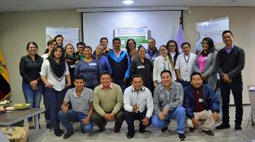 Training on risk management for forestry and agricultural businesses in Ecuador